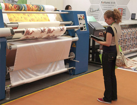 María Renée Ayau, FLAAR Reports, Technical Writer on Textile inks and DX Printers.